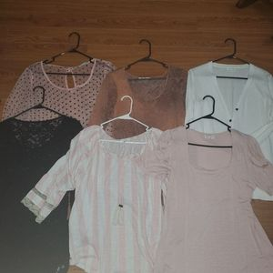 Set of 6 maurices size large tops amazing set